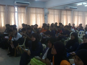 Kolej Sinar on Tourist Guide Career at SMK Bukit Katil