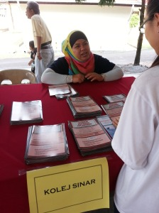 Sinar College at SMK Ayer Keroh