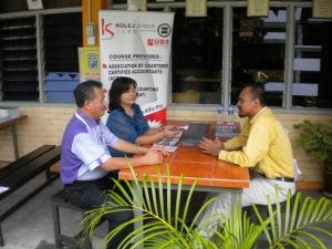 Kolej Sinar with teachers from SMJK Pulau Sebang & SMK SUltan Mansur Shah