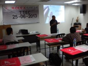Pengarah Tourism Malaysia, Encik Jefri Munir