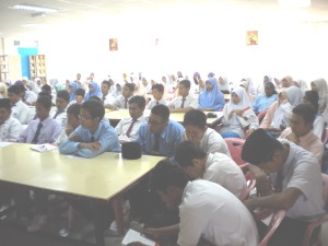 Students of SMK Pernu