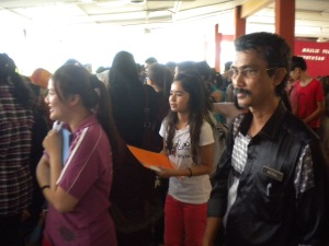 Students of Sekolah Menengah Kebangsaan Durian Tunggal were waiting for their SPM result
