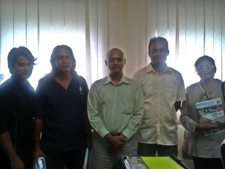 Kolej Sinar with Gabungan Pelajar Melayu Semenanjung (GPMS) Vice President, En Alif Anas & Dr Roswati